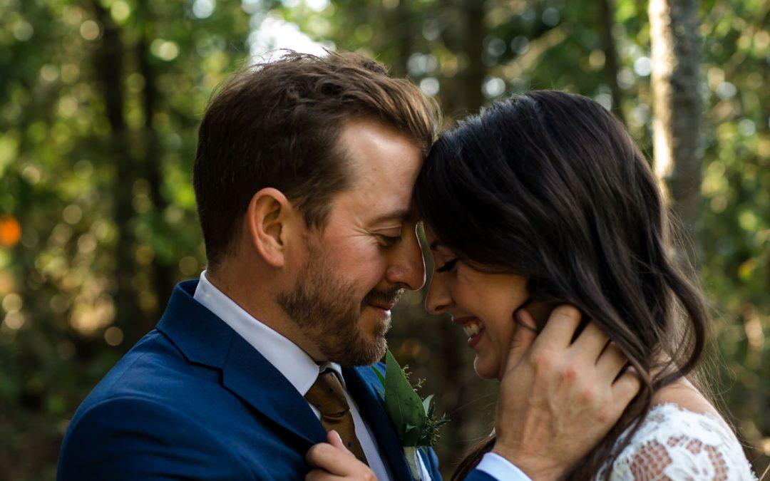 Intimate wedding photography Tobermory wedding